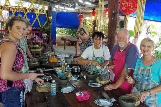 Thai Charm Cooking School in Krabi