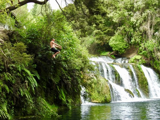 Maraetotara Falls: Great swimming spot!