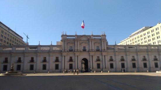 Centro Cultural Palacio de la Moneda y Plaza de la Ciudadania: Palácio de La Moneda