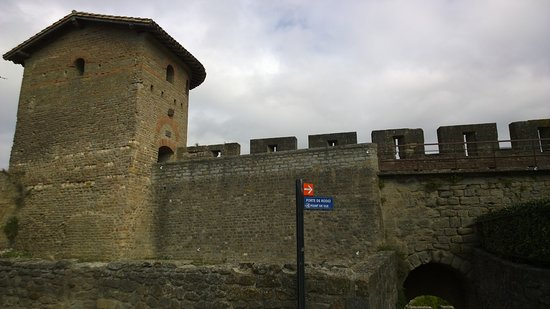 CHATEAU ET REMPARTS DE LA CITE DE CARCASSONNE: Carcassonne