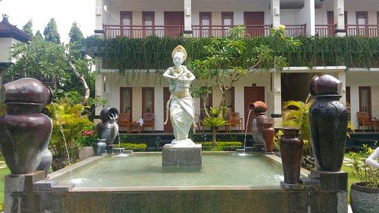 Segara Agung Hotel: IMG_20180127_103626_large.jpg