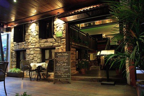 Vintage Bulgaria Restaurant & Bar: Vintage Bulgaria Entrance