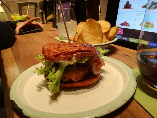 burgerlich hamburg restaurant reviews phone number photos tripadvisor. Black Bedroom Furniture Sets. Home Design Ideas