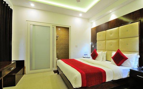 Foto de Yuvraj Deluxe Hotel