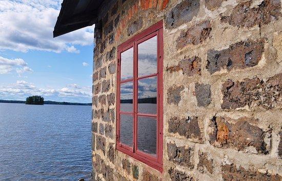 Angelsberg, السويد: Kokhuset, en vacker slaggstensbyggnad på Oljeön.