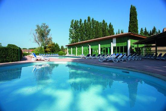 Belambra clubs le domaine de mousquety hotel l 39 isle sur for Hotels isle sur la sorgue