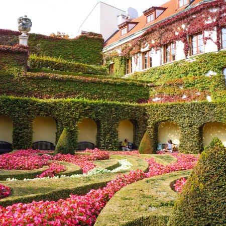 The Vrtba Garden: photo4.jpg