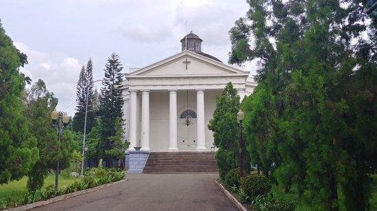Immanuel Church: church