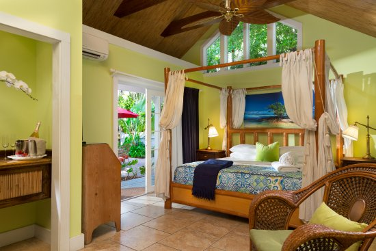 TROPICAL INN $164 ($̶1̶7̶8̶)   Updated 2018 Prices U0026 Bu0026B Reviews   Key West,  FL   TripAdvisor