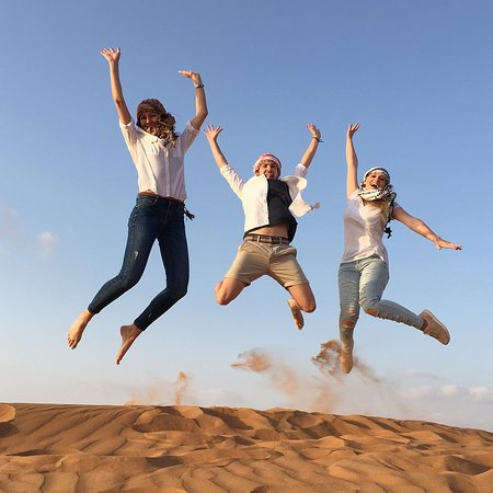 Dubai, De Forenede Arabiske Emirater: Embark on an exciting desert adventure amidst the sun and sand