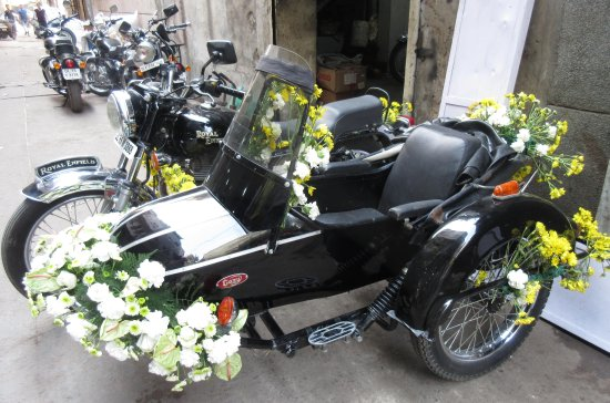 Our Royal Enfield Side Cars Decorated For Events Picture Of Lalli - Cars for events