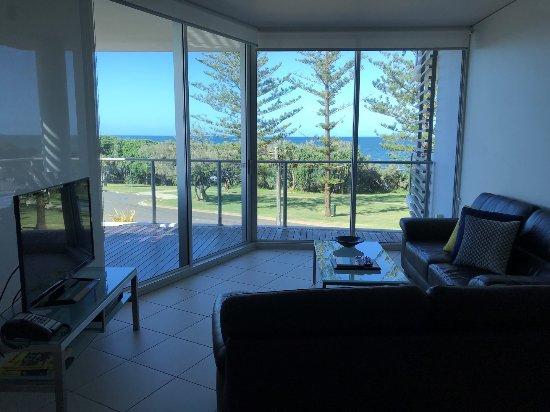 Manta Bargara Resort: Living room