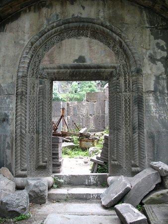 Tumanyan, Αρμενία: Монастырь Кобайр