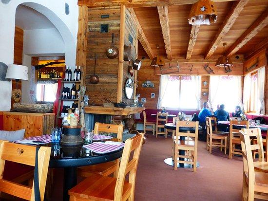 Ceillac bilder foton ceillac hautes alpes tripadvisor for Resto lasalle