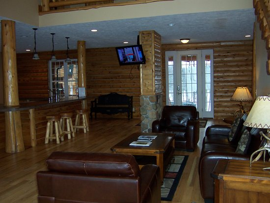 Bellaire, MI: The Carriage House on The Cedar River Golf Course