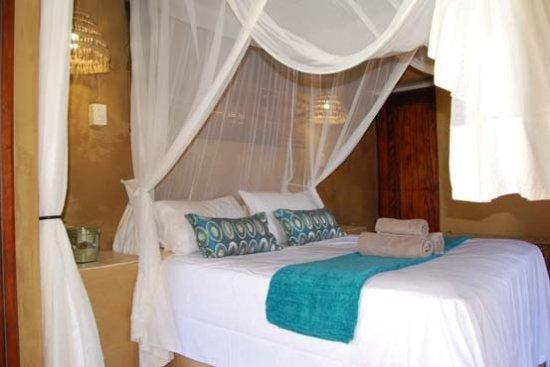 Tofinho, Mozambique: Main Bedroom