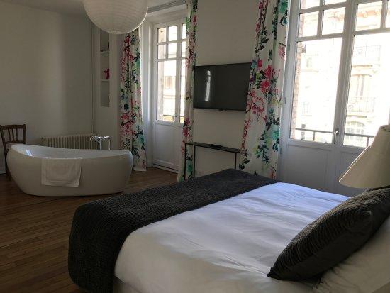 Les berceaux de la cathedrale apartment reviews reims france tripadvisor - Chambre des commerces reims ...