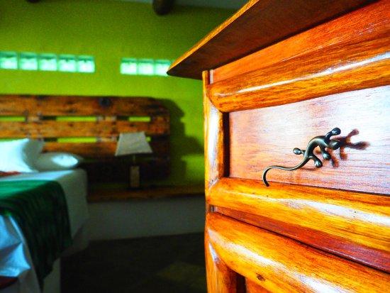 Tranquilseas Eco Lodge and Dive Center: gecko room