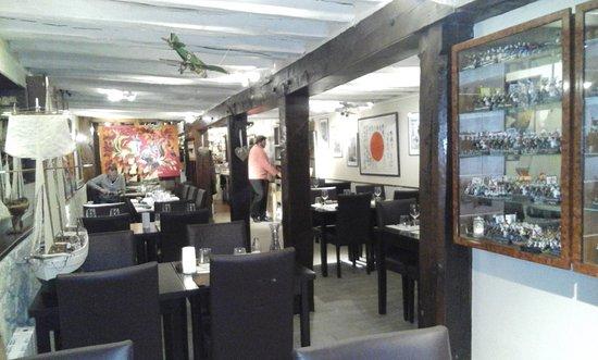 Le Collectionneur Gourmand : Un intérieur magique, où l'on se sent comme chez soi.
