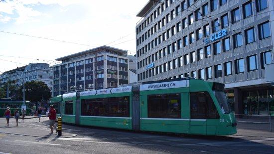 Rundfahrt im Oldtimertram: Базельский трамвай