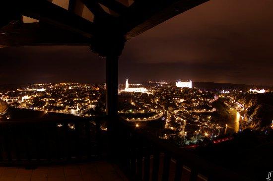 Parador de Toledo: Vista desde el balcón de noche