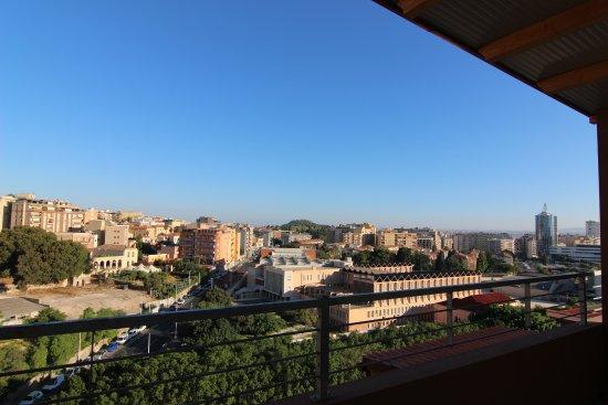 Vista dalla terrazza privata della camera - Foto di A View on ...