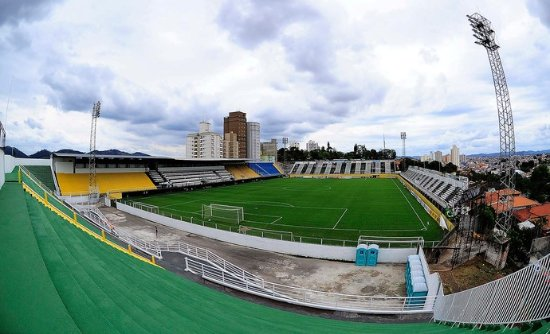 Estadio Nabi Abi Chedid