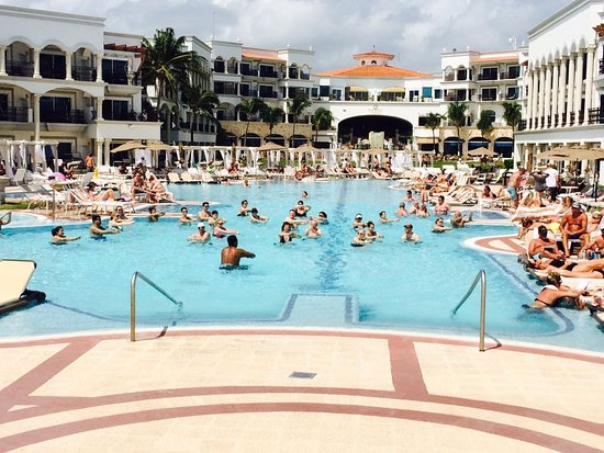 IMG-20170804-WA0086_large jpg - Picture of Hilton Playa del