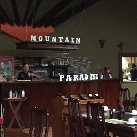 Hotel Mountain Paradise: Wonderful spiritual place for nature worshippers!!