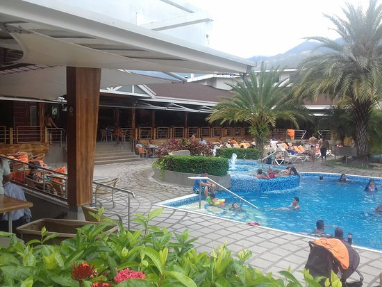 Pipo International Hotel : Piscina Pricipal