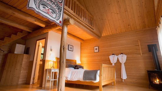 Timber-frame chalets at our Tweedsmuir Park Lodge location - Picture ...