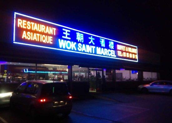Saint-Marcel, Pháp: La façade du restaurant