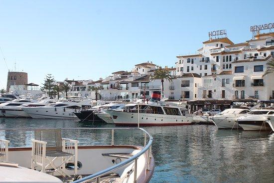 puerto banus marina marbella alles wat u moet weten