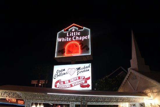 Foto de A Little White Chapel
