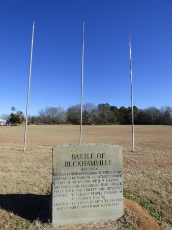 Great Falls, SC: marker with flagpoles