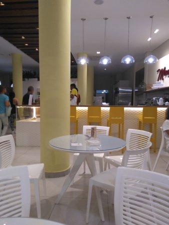 Mondo Gelato Artesanal: Espaço da sorveteria...