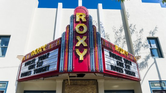 ‪The Roxy Theater‬