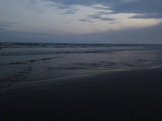 Tupi Beach: 20180122_195920_large.jpg