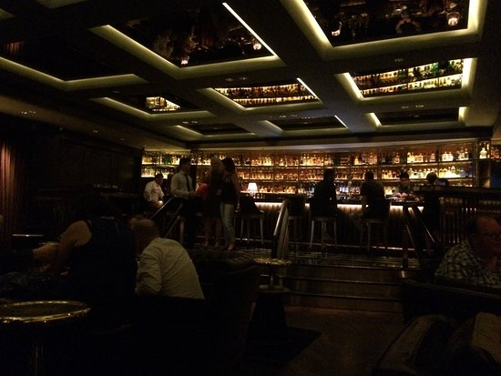 Inside The Bar Picture Of Manhattan Singapore Tripadvisor