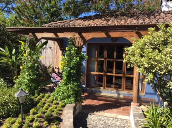 Quinta de las Flores: Our room with its own patio