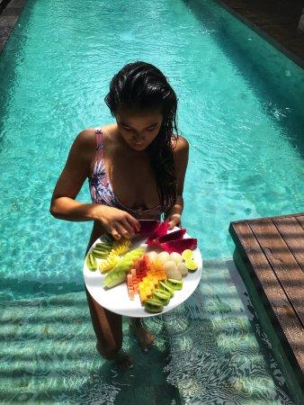 Ametis Villa: Enjoying a fruit platter in the pool of my villa.