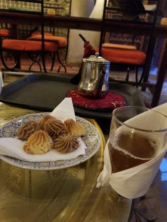 Riad Andalla : Welcome tea