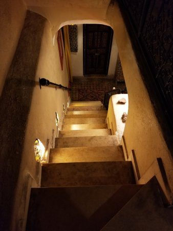 Riad Andalla : Stone steps to ground floor