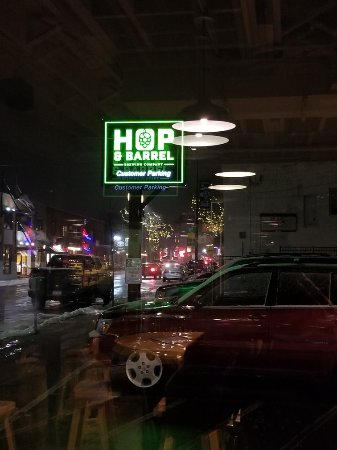 Hop & Barrel Brewing Company: 20180131_201100_large.jpg