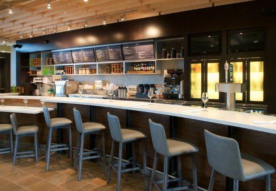 Everett, WA: Bar/Lounge
