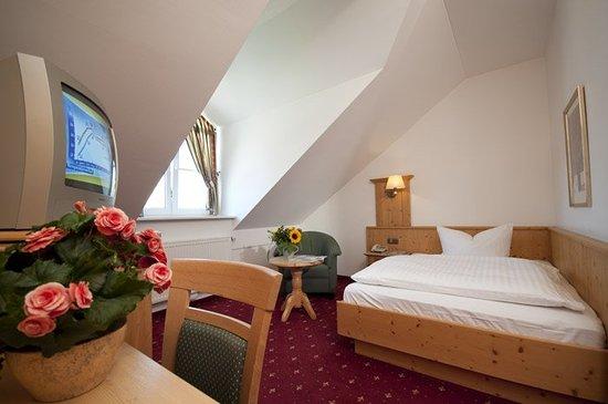 Zorneding, Alemania: Guest room
