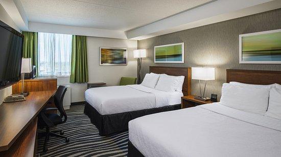 Holiday Inn Winnipeg - Airport West: Guest room