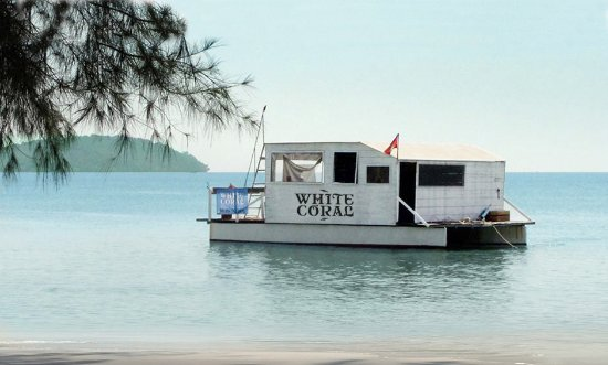 White Coral House Boat