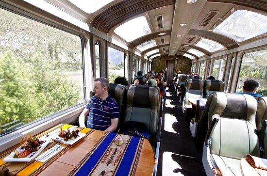 Full-Day Luxury Tour to Machu Picchu by Vistadome Train