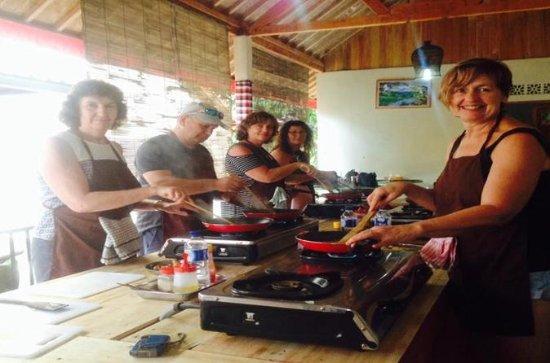 Ubud Balinese cooking class